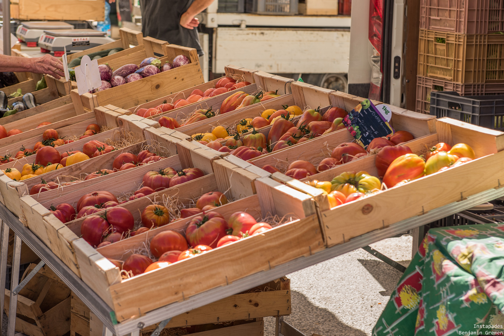 coustellet-marche-tomate